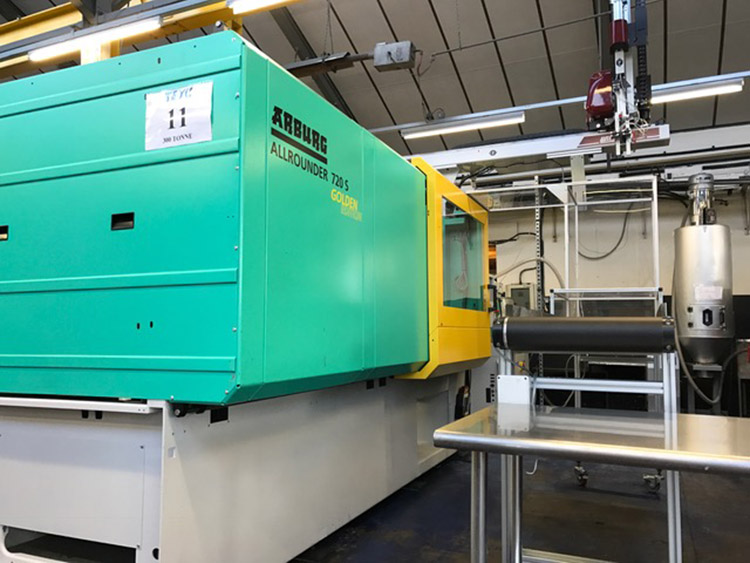 New Arburg 250 ton injection mould machine, part of the replacement